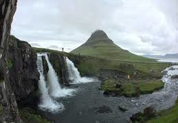 Probably the best Iceland Travel Video Ever –...